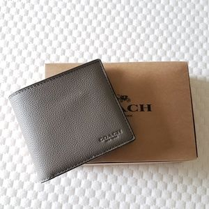 NEW Coach Pebbled Leather Mens Wallet
